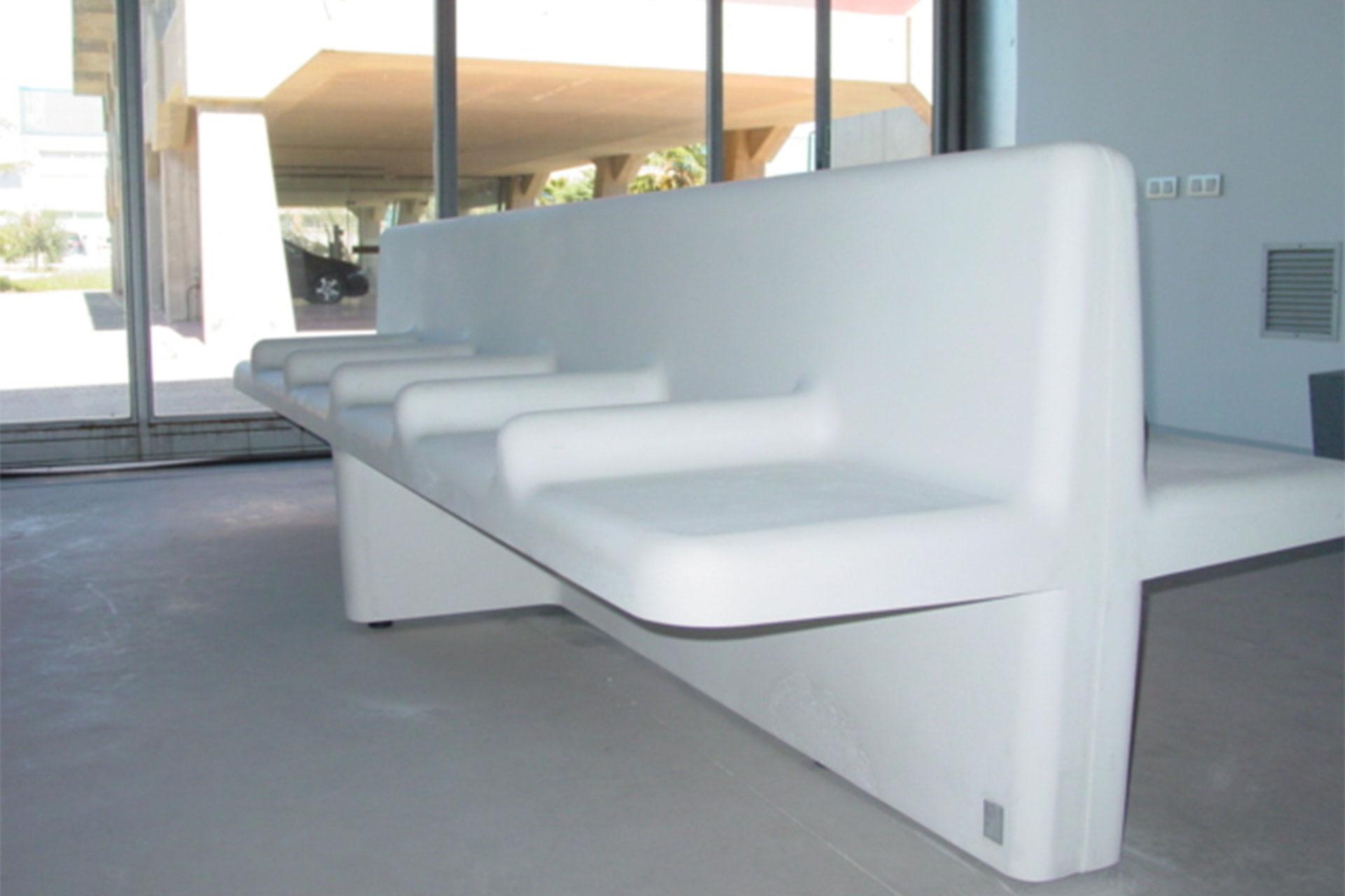 UrbanObjekts Nu Sitzgelegenheit